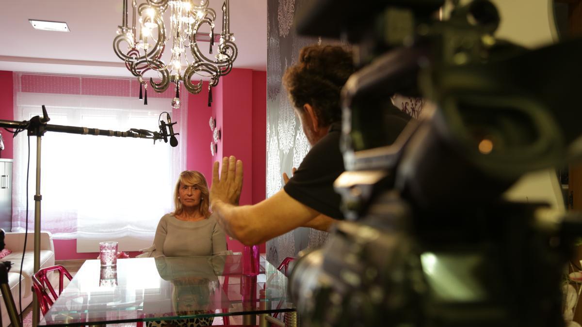 Clarisa, una de las viudas entrevistadas en el documental con las que se vuelve a encontrar el director José Antonio Quirós 25 años después