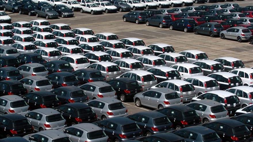 Ventas en EE.UU. crecen en abril por fuerte demanda de camionetas y todocaminos