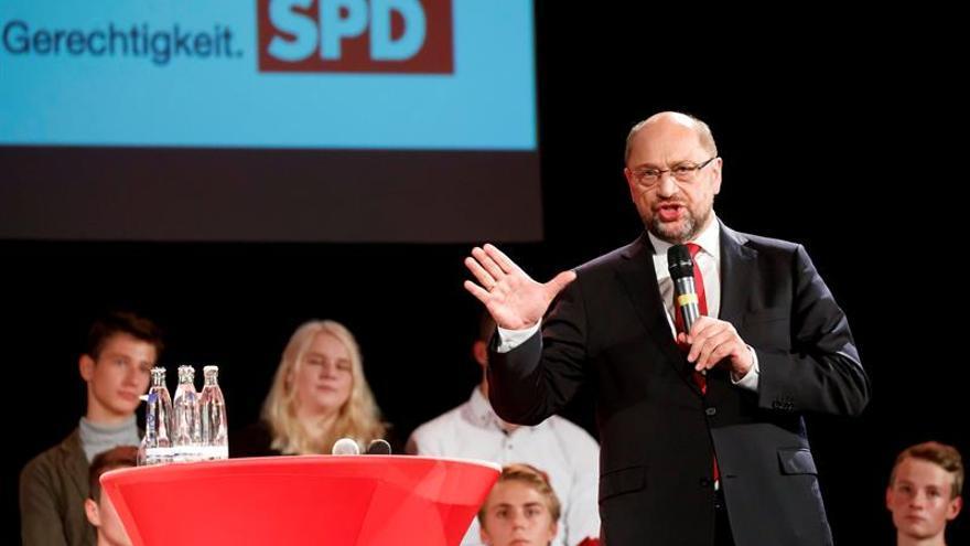 Los conservadores de Merkel lideran los sondeos con claridad a cinco días de las elecciones