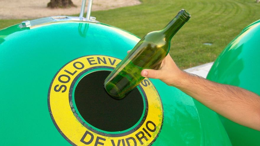 Los cántabros reciclaron 10.700 toneladas de envases de vidrio en 2015, un 5% más