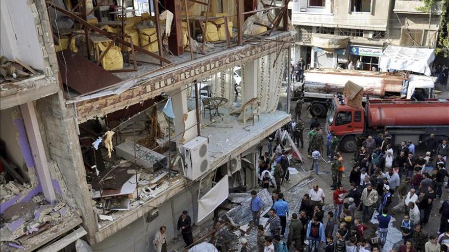 Al menos 13 civiles muertos en bombardeos del régimen sirio en Deraa