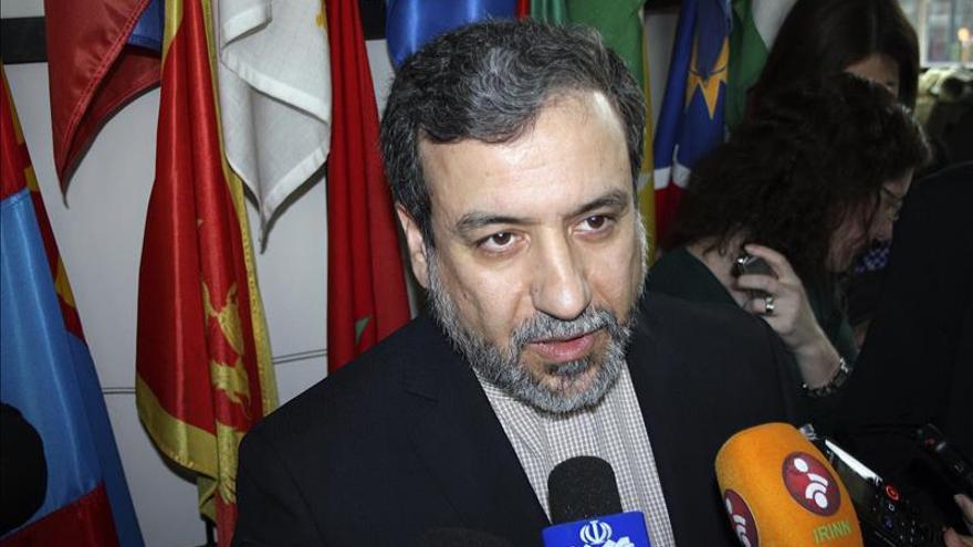Irán espera que el acuerdo nuclear con las potencias entre en vigor en enero