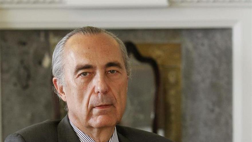 Luis Alberto de Cuenca: la lectura es una asignatura difícil para los españoles