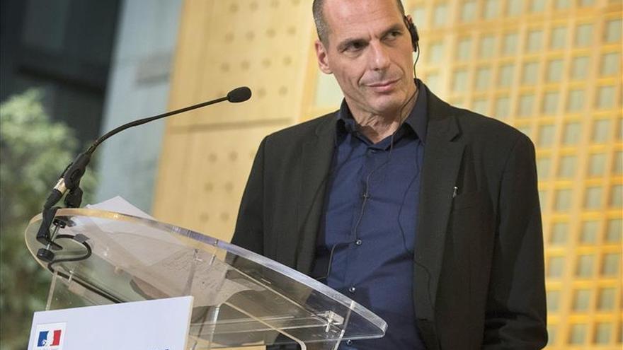 """Atenas quiere negociar con las instituciones de la troika """"un nuevo contrato"""""""