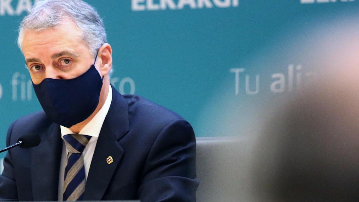 El lehendakari, Iñigo Urkullu, durante su intervención en la junta general de socios de la sociedad de garantía recíproca Elkargi celebrada este miércoles en San Sebastián. EFE/Gorka Estrada.