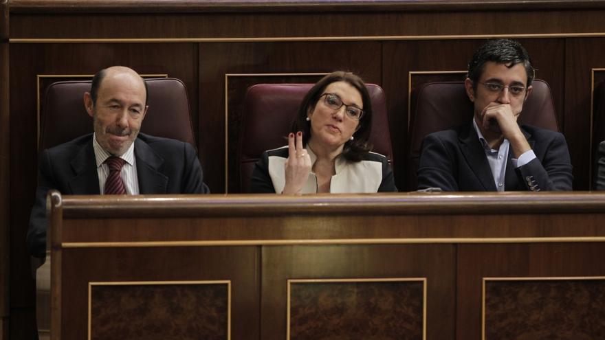 El PSOE ofrecerá una solución dialogada pero aún no confirma la intervención de Rubalcaba