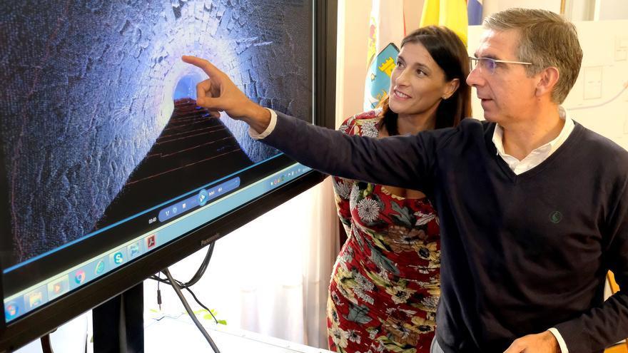 El concejal de Fomento, César Díaz, y la alcaldesa Gema Igual, durante la presentación del proyecto en 2018. | AYUNTAMIENTO DE SANTANDER
