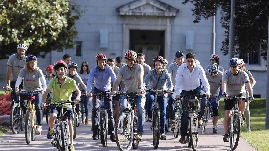 Esparza (UPN) propone incrementar en un 50% las becas para los estudiantes navarros