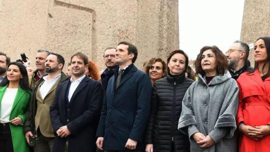Dirigentes de PP, Vox y Ciudadanos en la plaza de Colón de Madrid