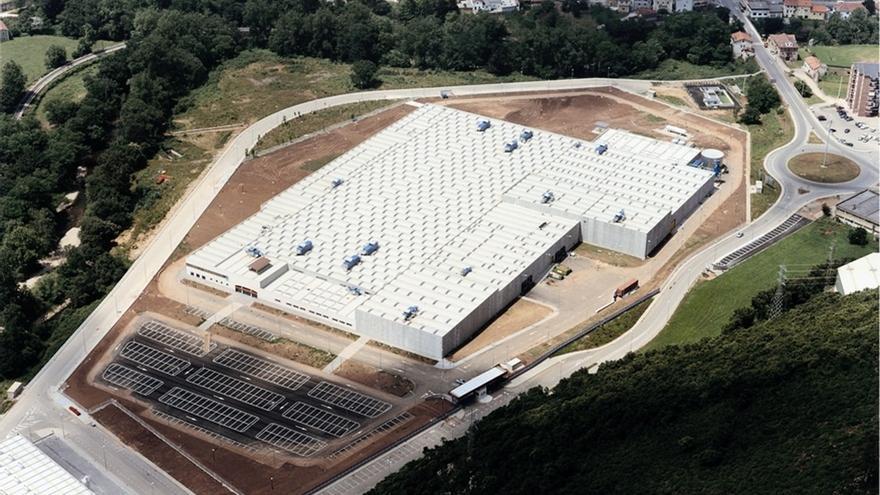 """La fábrica de Altadis en Cantabria """"no corre peligro"""""""
