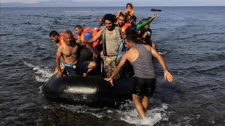 Casi 474.000 personas cruzaron el Mediterráneo en lo que va de año, según la OIM