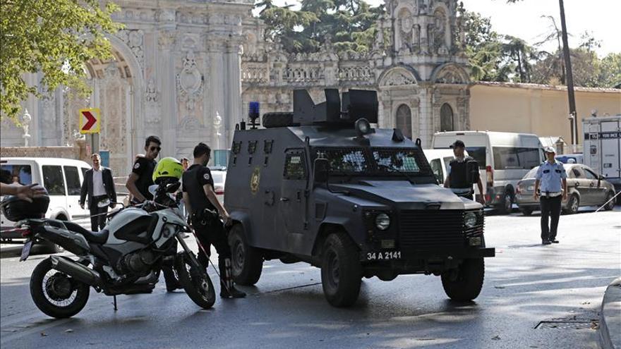 Detienen en Turquía a dos supuestos suicidas que querían atentar en Nochevieja