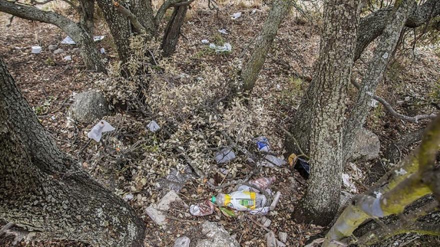 El proyecto 'Libera' organiza una jornada para retirar basura de entornos naturales de Cantabria