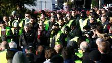 Los taxistas de Barcelona votan si ponen fin a la huelga