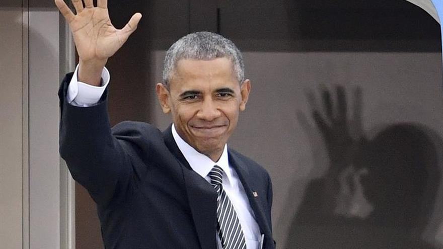 Obama parte de Berlín tras su última cumbre con cinco líderes europeos