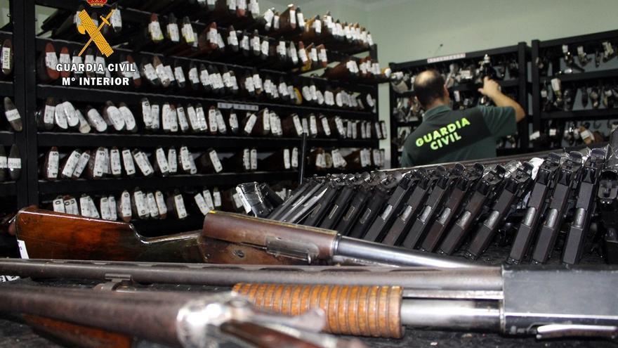 La Guardia Civil realizará el 2 de octubre una subasta de armas, principalmente escopetas de caza