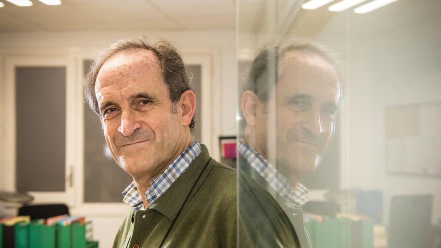 Carles Ariza és doctor i professor a la Universitat Ramon Llull