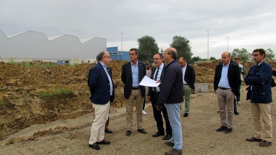 El polígono Tanos Viérnoles tendrá ocho nuevas parcelas de tamaño medio tras segregarse una de 19.000 m2