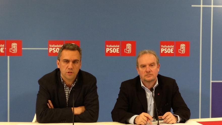 El secretario general del PSOE vallisoletano, Javier Izquierdo, y el secretario del Grupo Parlamentario Socialista, José Francisco Martín.