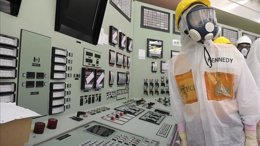 Fukushima acumulará más agua radiactiva por retraso en instalación de bidones