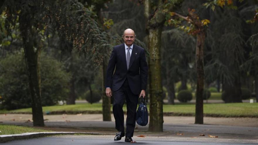 La continuidad de Guindos va en interés de España, según un alto cargo de eurozona