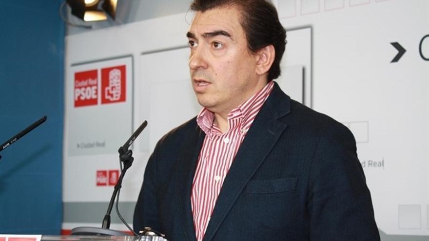 Detenido el exalcalde socialista de Puertollano Joaquín Hermoso por irregularidades en las obras del estadio de fútbol