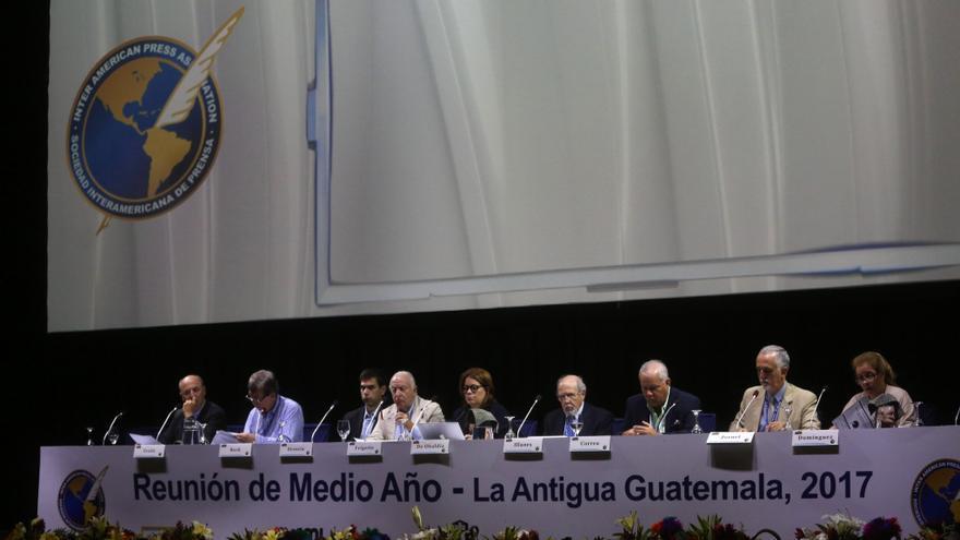 """La SIP refuta """"acusaciones dictatoriales"""" de ministro salvadoreño"""
