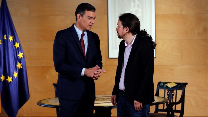 Sánchez e Iglesias se reúnen en el Congreso para cerrar un Gobierno de coalición