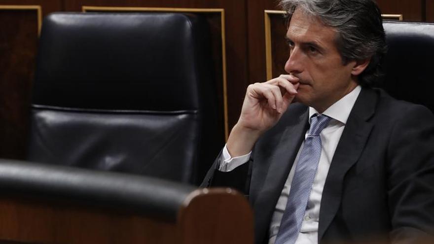 De la Serna y García Tejerina estarán en la UIMP en un foro de obra pública