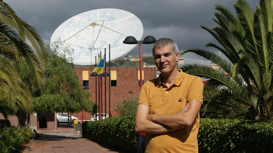 Héctor Socas, en la sede central del Instituto de Astrofísica de Canarias