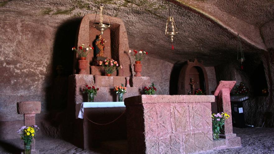 Ermita troglodita de la Virgen de la Cuevita.