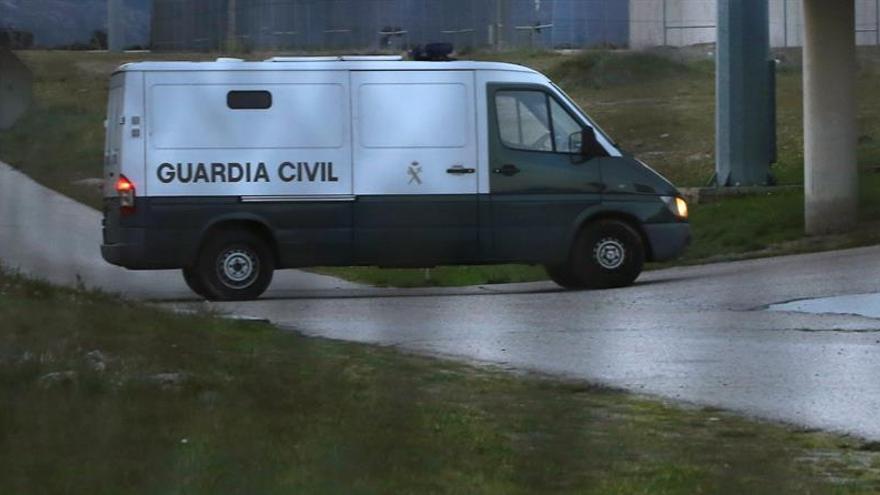 La Guardia Civil registra unos cuarenta ayuntamientos y entes públicos catalanes