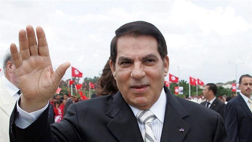 Un tribunal militar confirma la cadena perpetua a Ben Ali por la represión