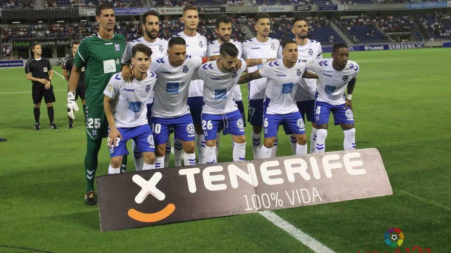 Once titular del CD Tenerife frente al Zaragoza en el Heliodoro Rodríguez López.