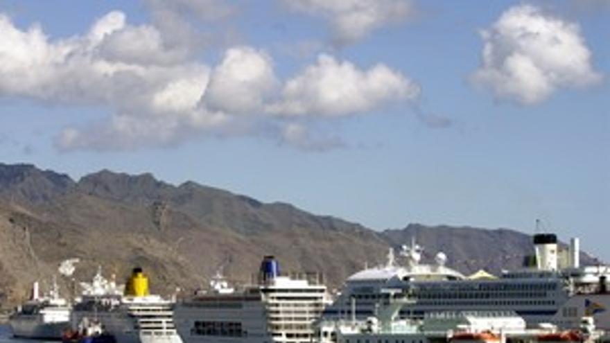 Puerto de Santa Cruz.