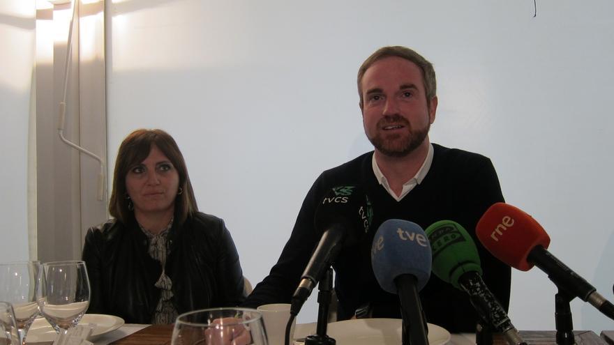 El diputado del PP Óscar Clavell sólo dimitirá si se abre juicio oral
