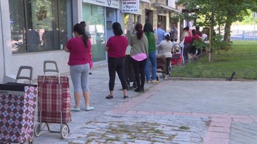 """Castilla-La Mancha decidió sustituir su renta mínima autonómica por la estatal para evitar futuras """"incompatibilidades"""""""