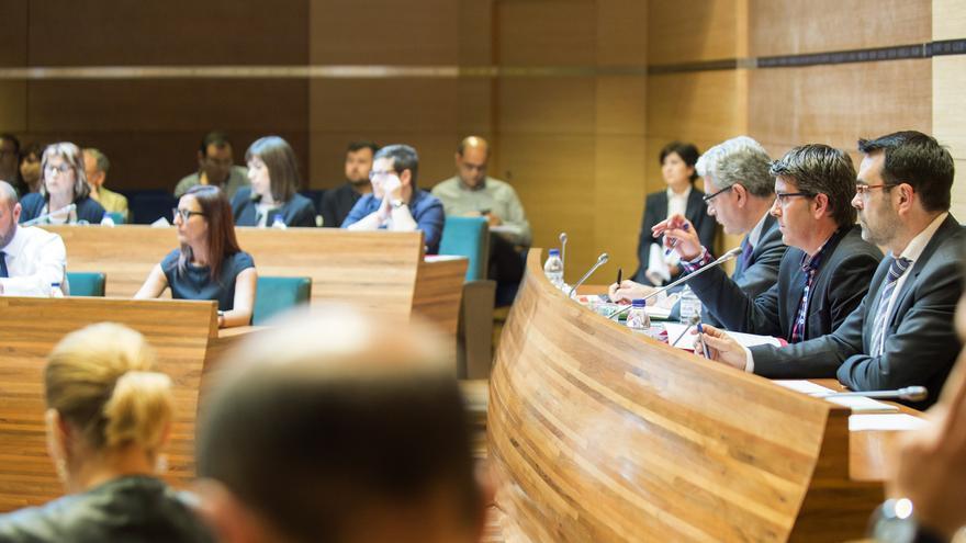 Imagen de un pleno de la Diputación de València, presidido por Jorge Rodríguez