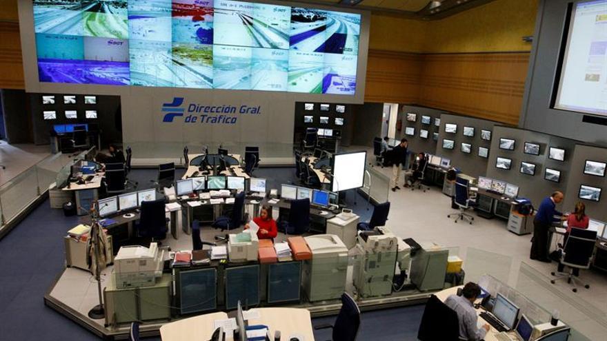 Cesada subdirectora de la DGT por irregularidades en cursos del carné de puntos