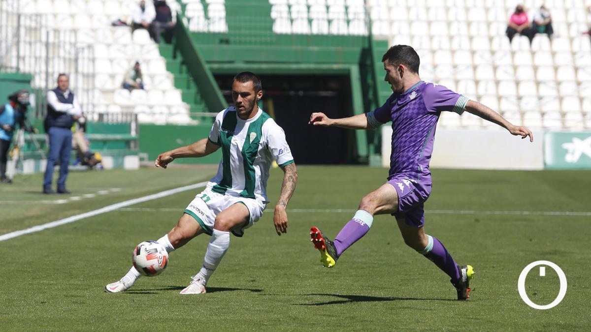 Moutinho, en el duelo con el Betis Deportivo.