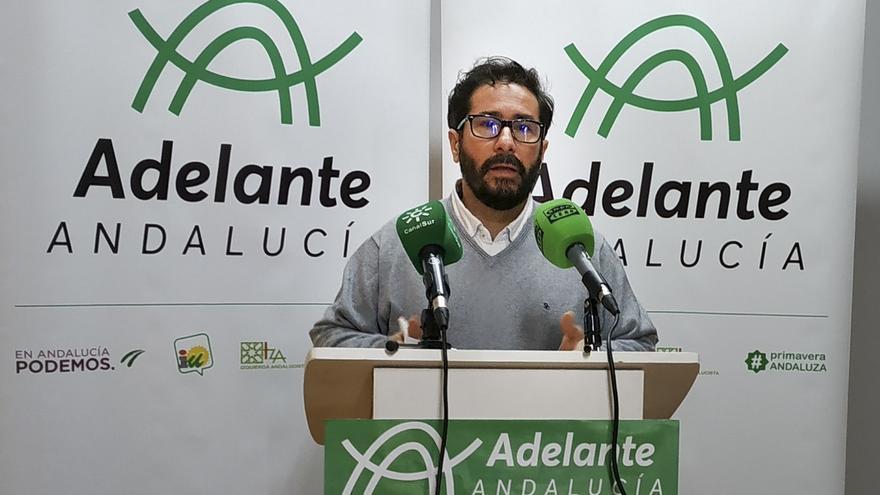 Moscoso (Adelante Andalucía) anuncia ante el Pleno del Parlamento que dejará el escaño este viernes
