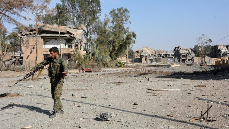 Mueren seis civiles en Siria en un bombardeo cerca de la frontera con Irak