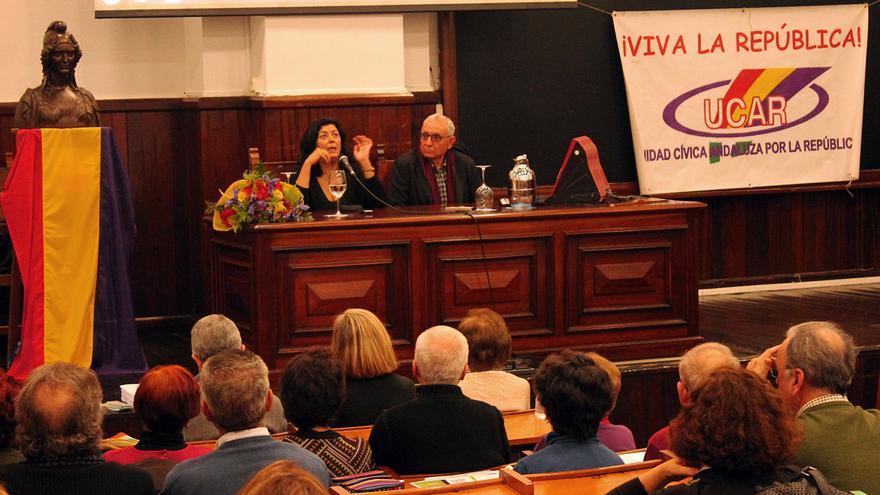 La autora, en el V Febrero Republicano en la Universidad de Sevilla. / JUANMI BAQUERO