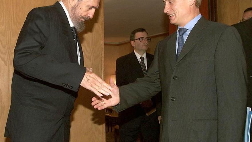 Putin telefoneó a Raul Castro para ofrecerle sus condolencias