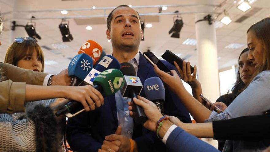 Ciudadanos no se plantea apoyar una moción censura en la Comunidad de Madrid