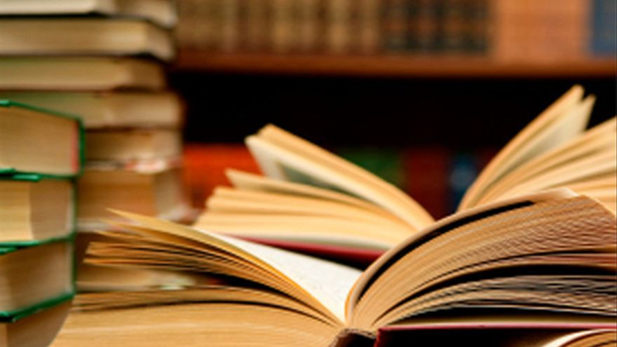 Libro Abierto Gallery