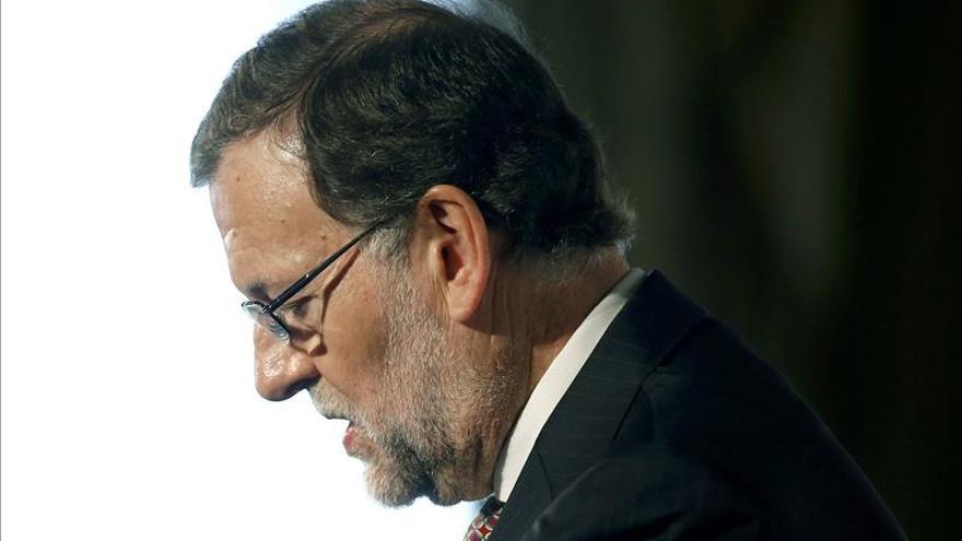 """Rajoy admite que hay que negociar sobre Cataluña tras el 20D: """"habrá que hablar"""""""