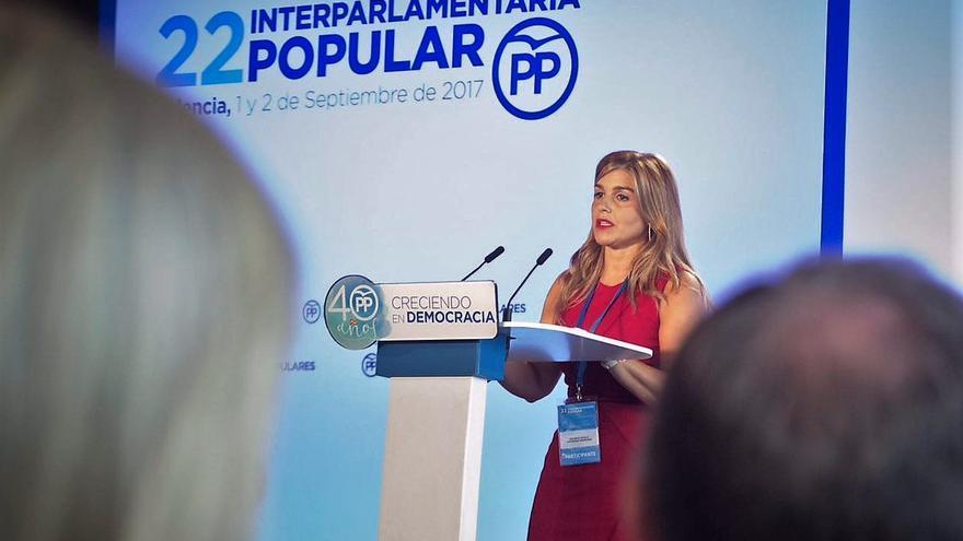 La coordinadora general del PPCV, Eva Ortiz, en la inauguración de la Interparlamentaria del PP