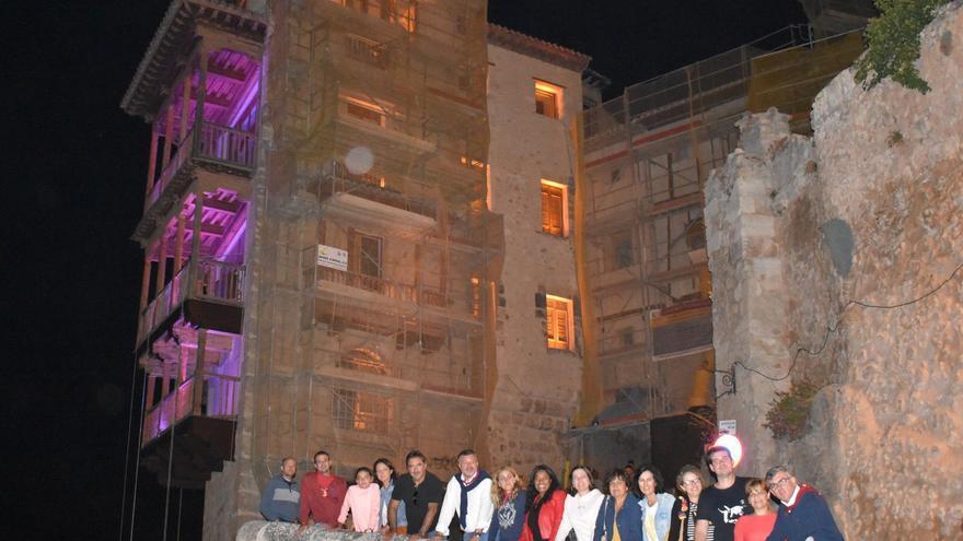 Las Casas Colgadas de Cuenca, también de violeta