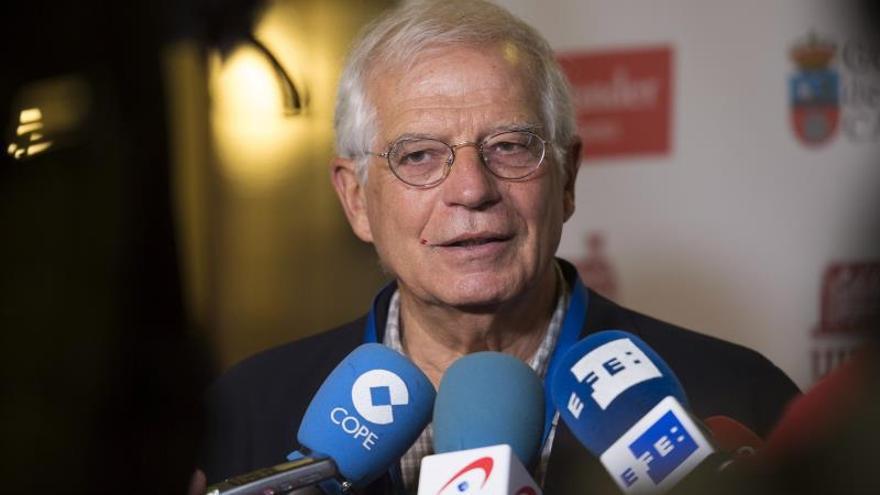 """Borrell no puede impedir """"embajadas"""" catalanas pero actuará si incumplen ley"""